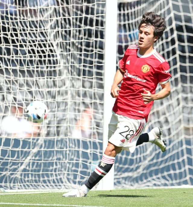 United beat Derby 2-1