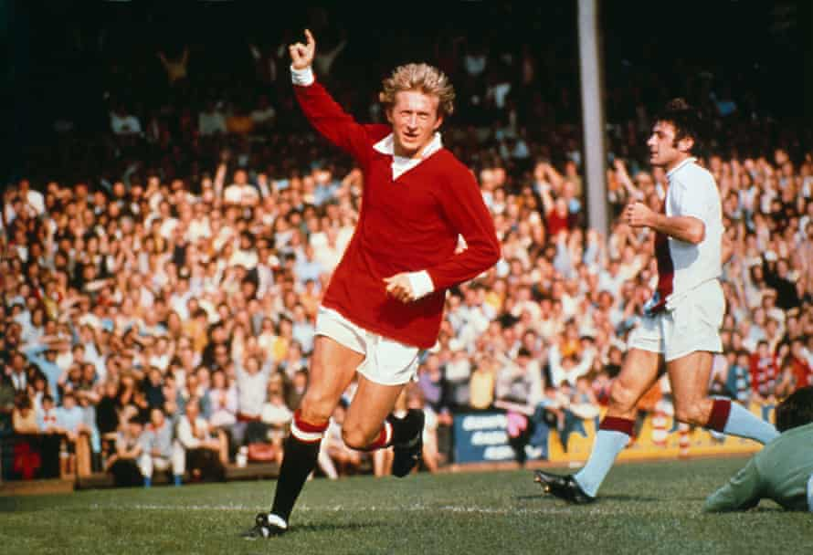 """Man United Great Denis Law Diagnosed With """"Mixed Dementia"""""""